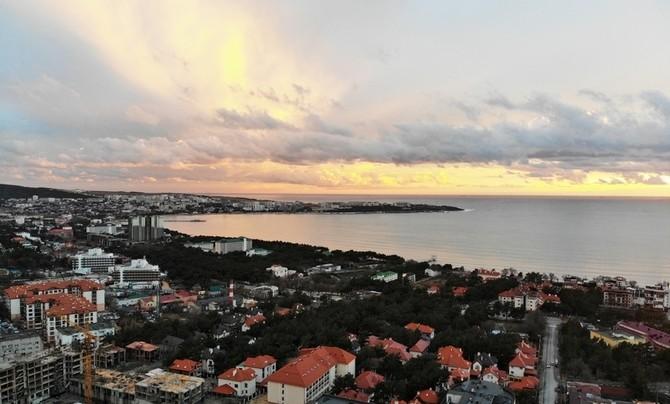 Идеальный семейный курорт: страна выбрала туристический бренд Геленджика