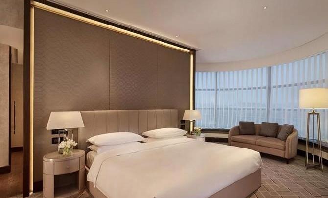 700 тысяч за ночь. Aviasales нашел супер-дорогие отели России