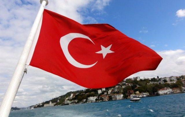 В Турции открытие турсезона могут перенести на конец мая
